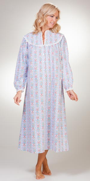 2c235ab1b3 Long-Sleeve-Flannel-Nightgown-Lanz-Snowflake-Tyrolean-CL5416814-