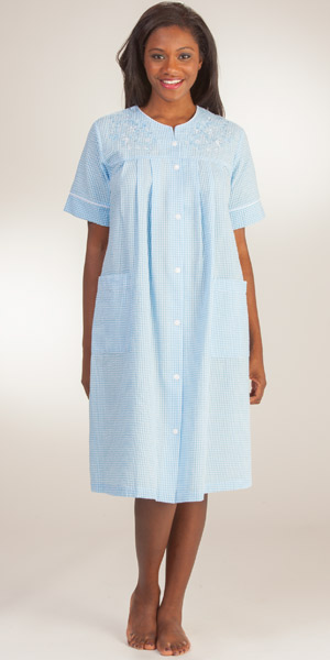 Short-Snap-Front-Seersucker-Robe-Miss-Elaine-Blue-Stripe-859626-193-B