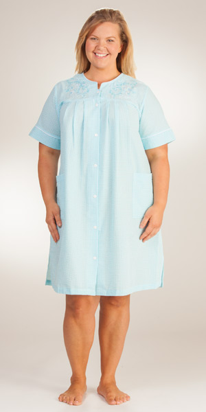 Plus-Short-Seersucker-Robe-Miss-Elaine-Aqua-Stripe-859626-192-B